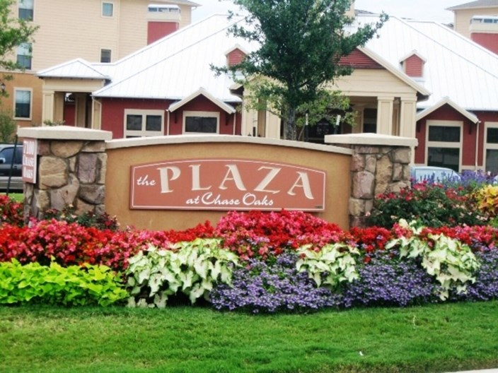 Plaza at Chase Oaks Apartments