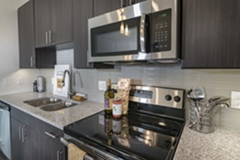 Kitchen at Listing #296439