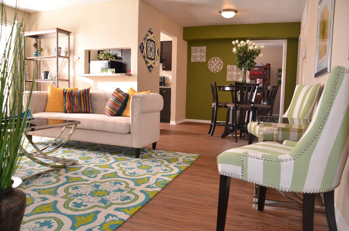Living/Dining at Listing #138369