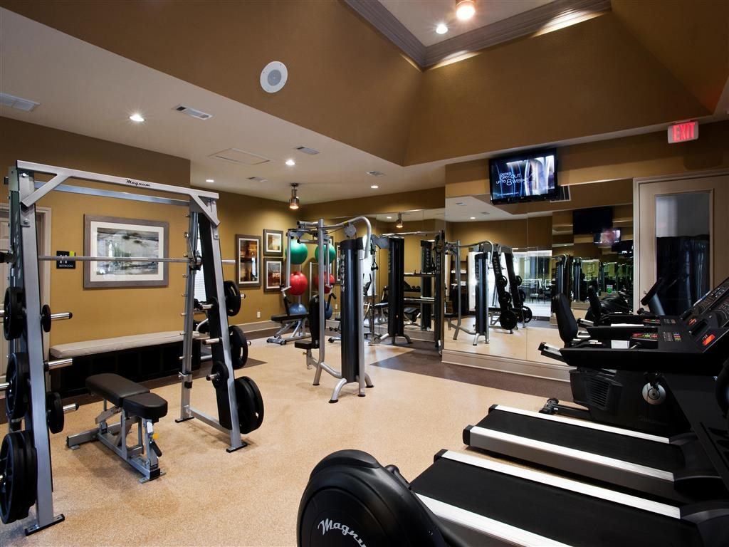 Fitness Center at Listing #138856