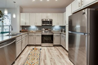 Kitchen at Listing #300134