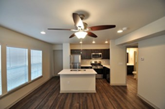 Dining/Kitchen at Listing #137843