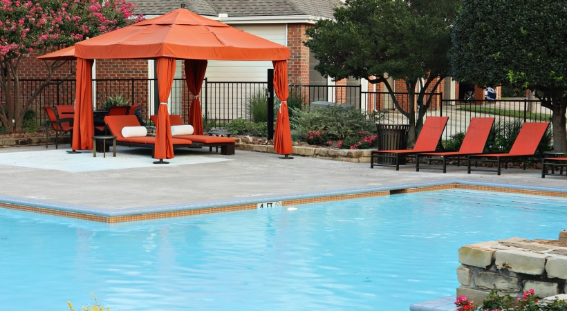 Pool at Listing #137582