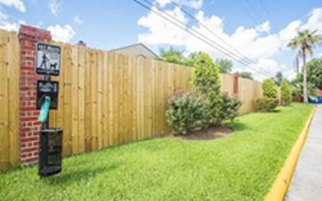 Exterior at Listing #138892