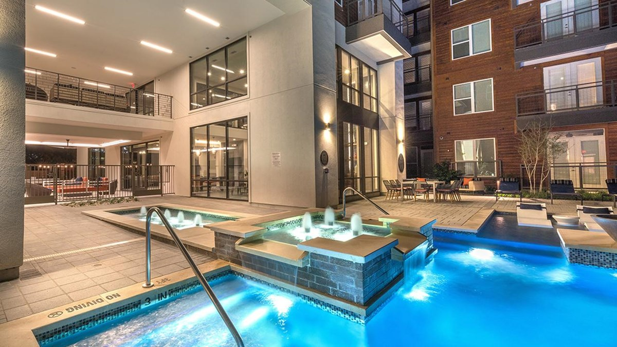Pool at Listing #280668