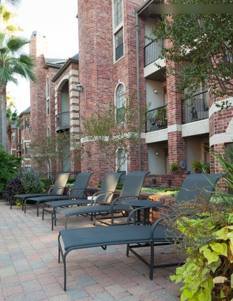 Lounge at Listing #139719