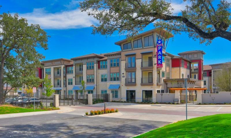 Park at Rialto Apartments San Antonio TX