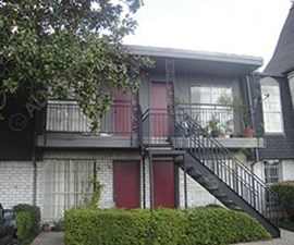Exterior at Listing #139789