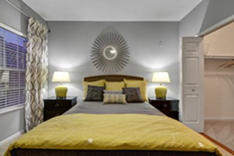 Bedroom at Listing #137634
