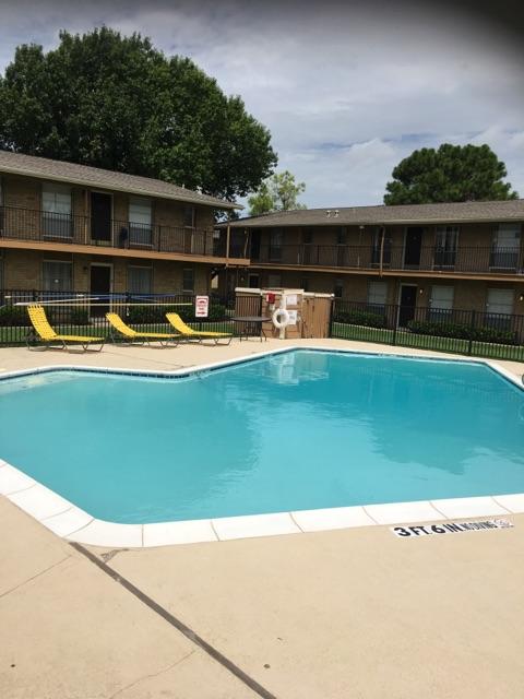 Pool at Listing #136174