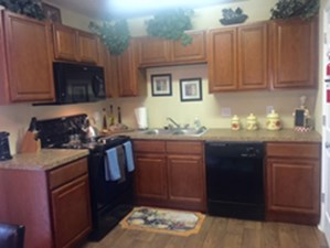 Kitchen at Listing #138638