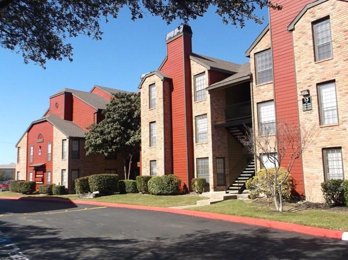 StoneHill at Pipers Creek Apartments