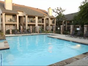 Pool at Listing #136954