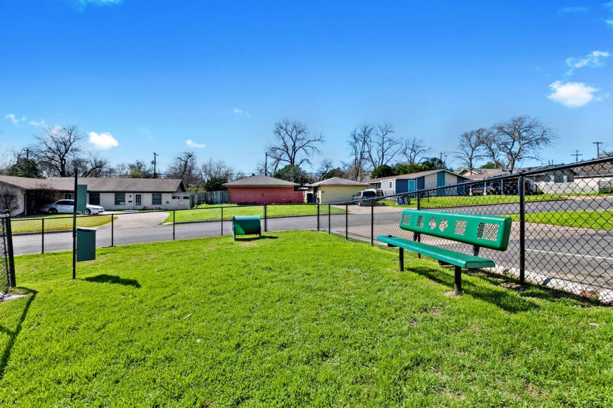Bark Park at Listing #256793