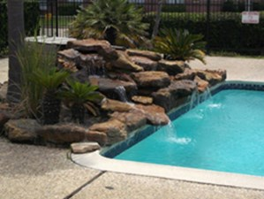 Pool at Listing #140038