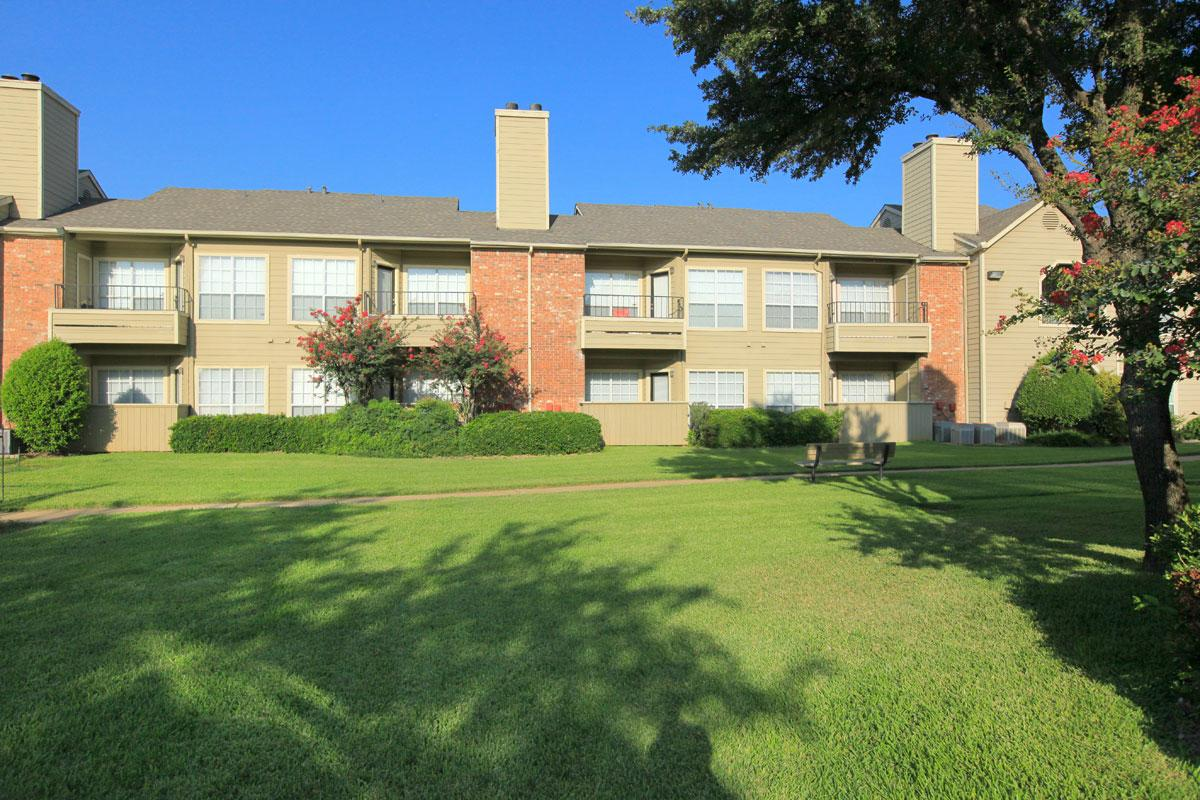 Huntington Meadows Apartments Arlington TX