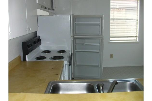 Kitchen at Listing #139458
