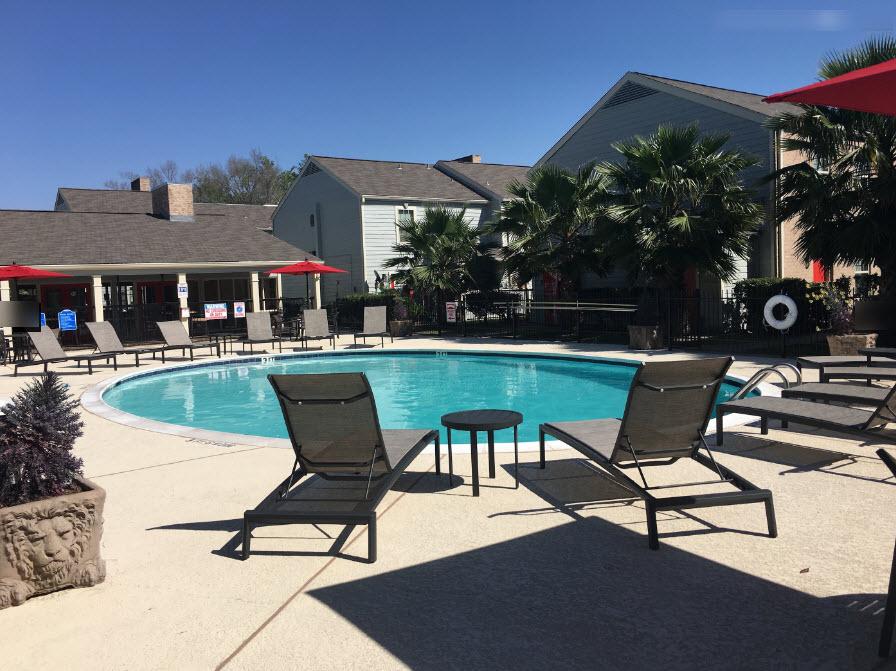 Pool at Listing #139094
