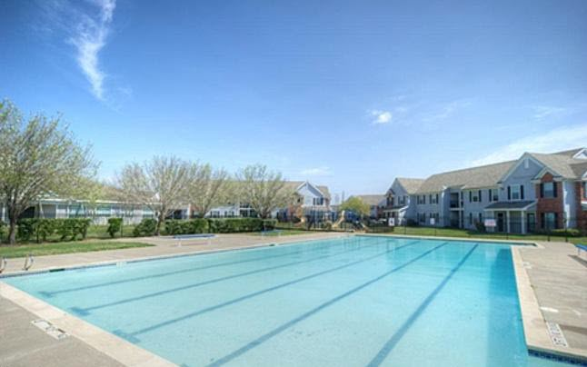 Pool at Listing #139977