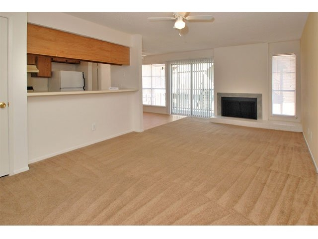 Living at Listing #135625