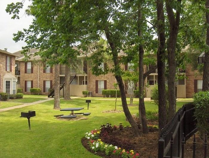 Oaks of Wimbledon Apartments