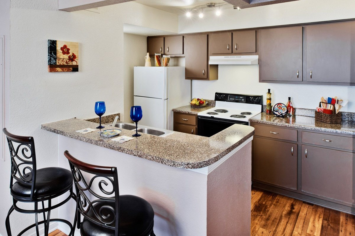 Kitchen at Listing #137636