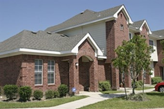 Exterior at Listing #140040