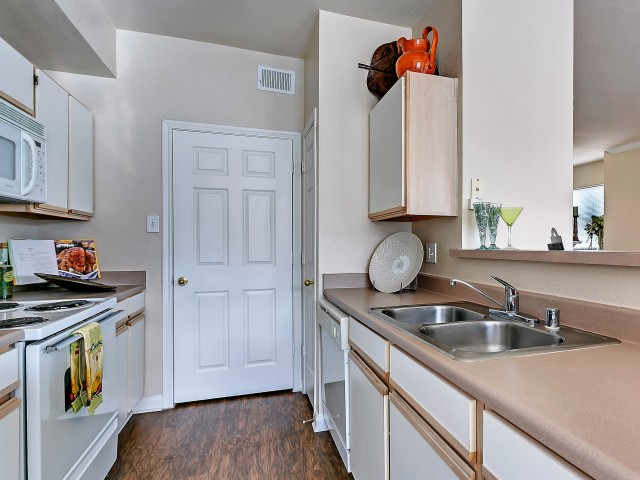 Kitchen at Listing #137693