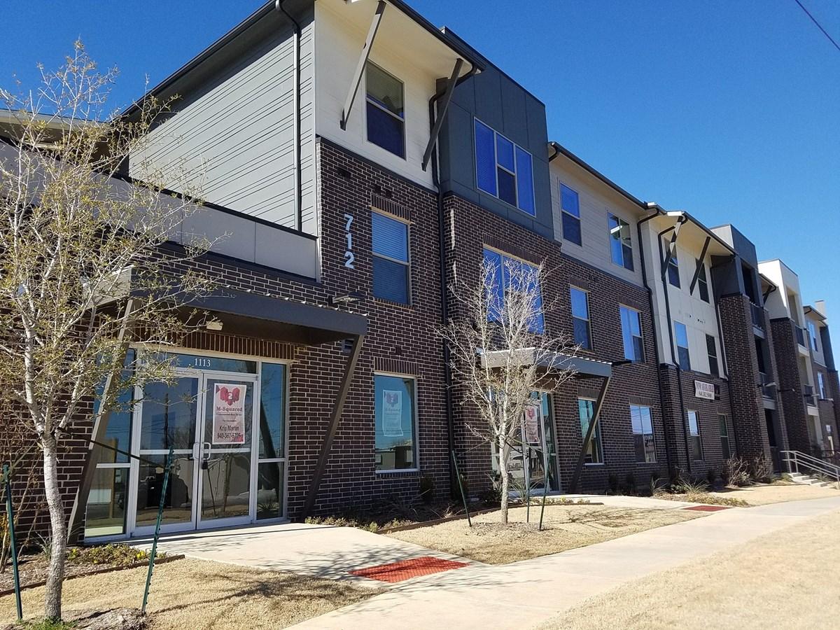 Seven Twelve Apartments Denton TX