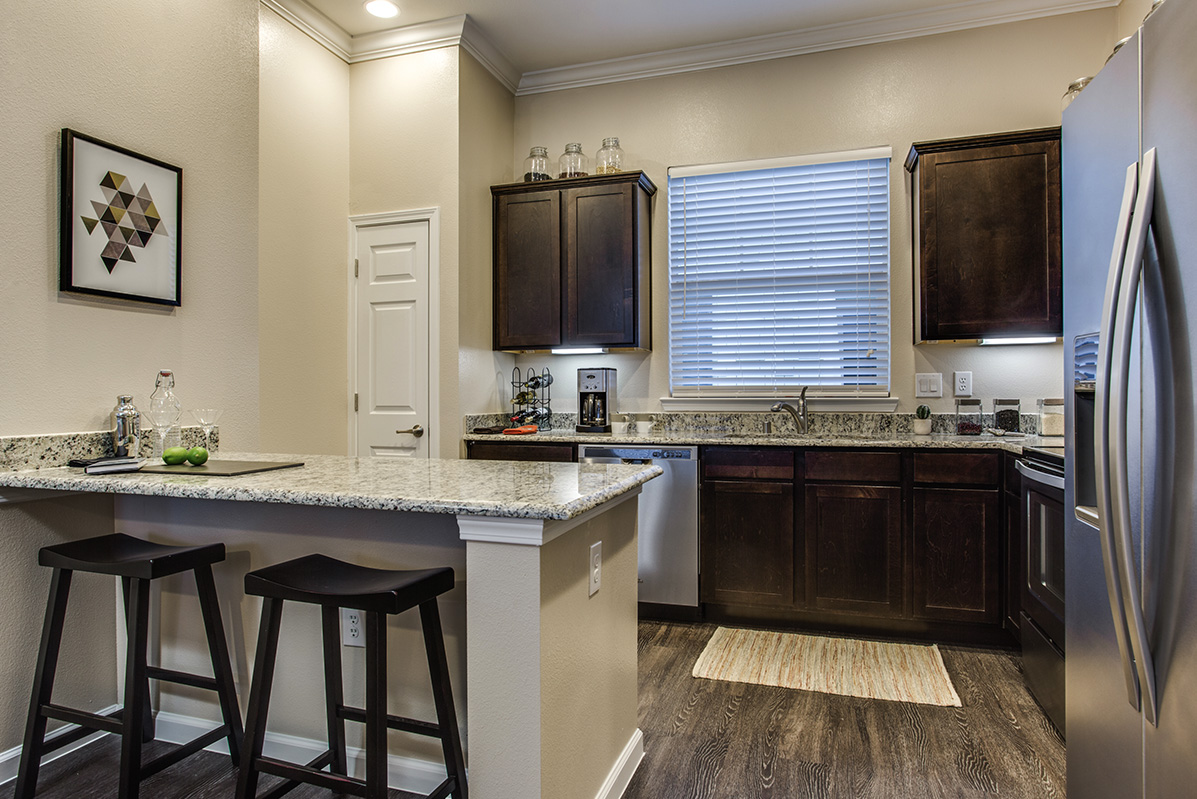 Kitchen at Listing #280219