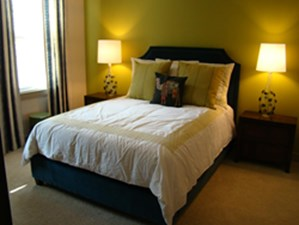 Bedroom at Listing #260064