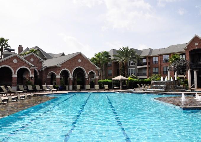 Pool at Listing #144603