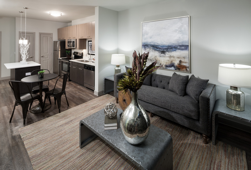 Living Area at Listing #283265