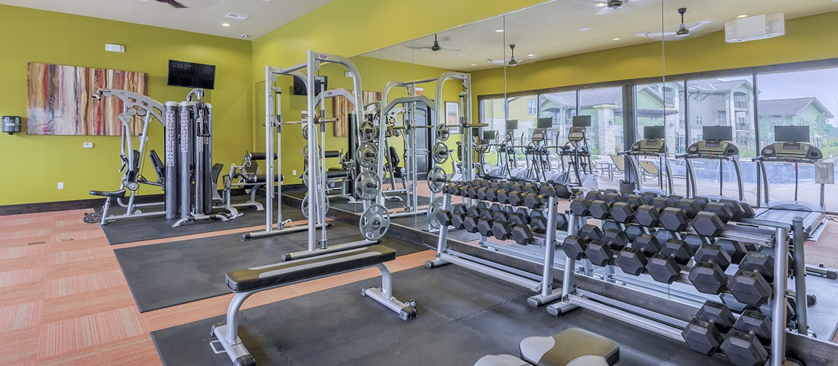 fitness center at Listing #145151