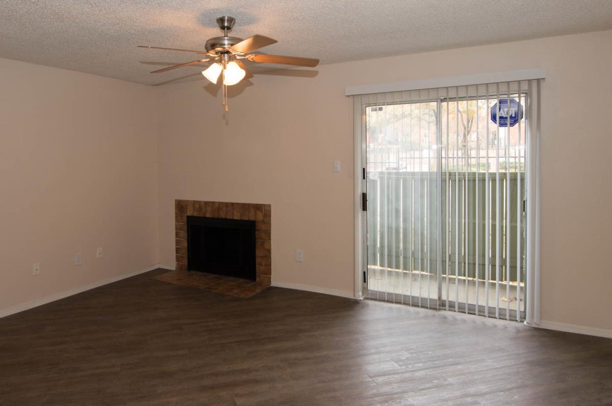 Living at Listing #137026