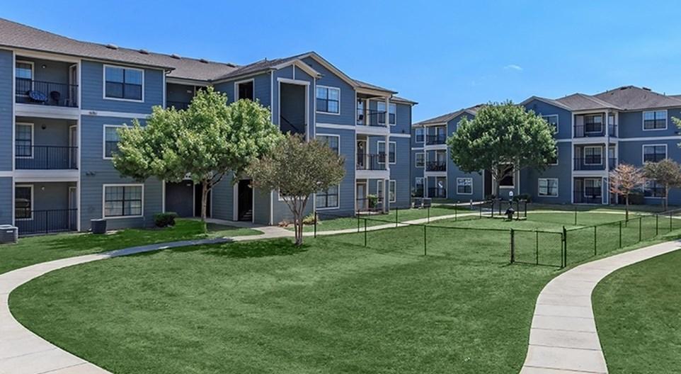 Heights II Apartments