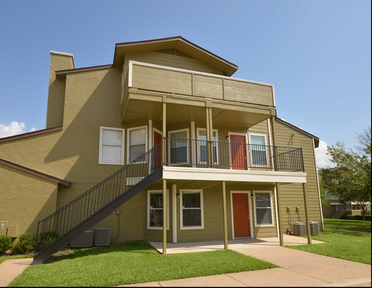 Exterior at Listing #135645