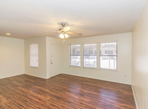 Living at Listing #140809