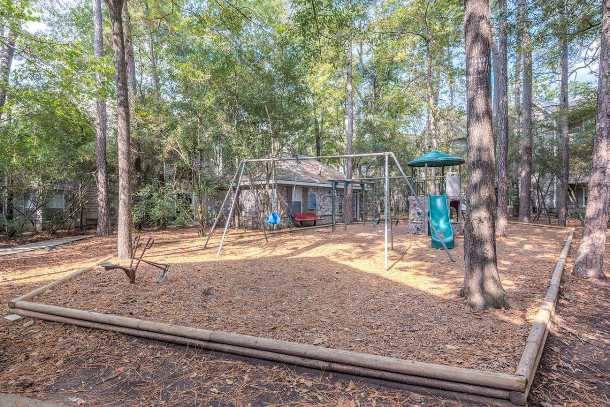 Playground at Listing #139318