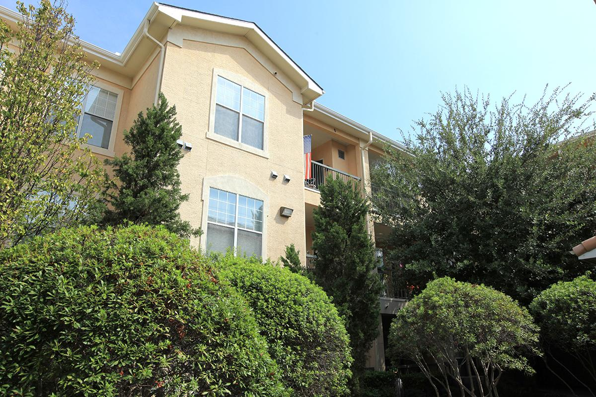 Exterior at Listing #137975