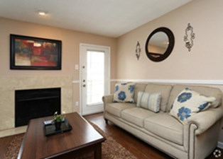 Living at Listing #136133