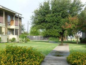 Exterior at Listing #136443