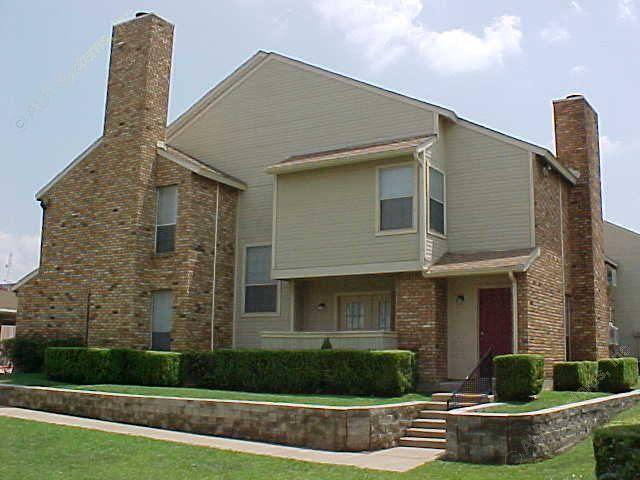 Shadow Glenn Apartments Dallas TX