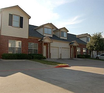 Exterior at Listing #144150