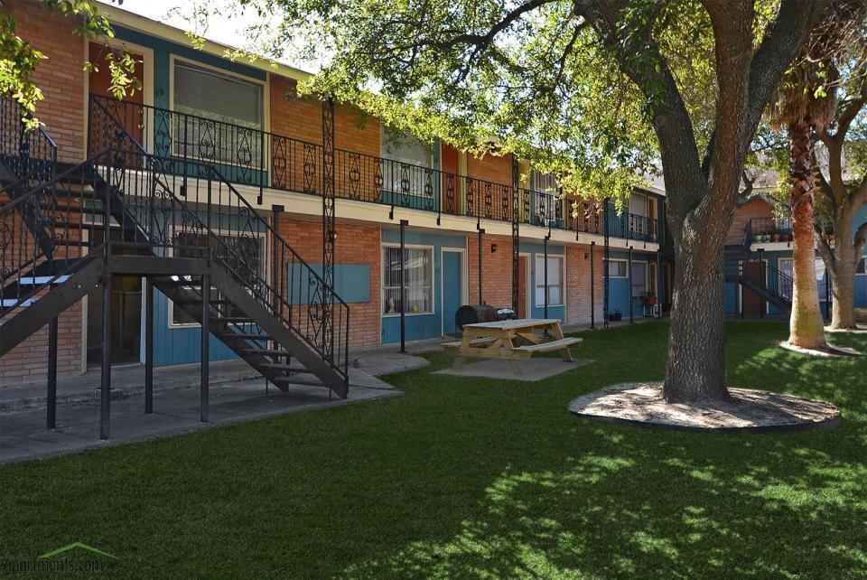 Mirabella Apartments Houston, TX