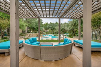 Lounge at Listing #137647