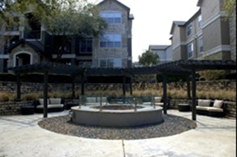 Fire Pit at Listing #140656