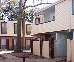 Villa Paree Apartments Houston, TX