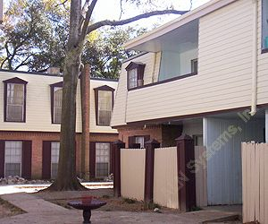 Villa Paree ApartmentsHoustonTX