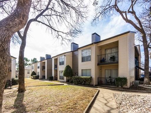 TwentyOne15 Apartments